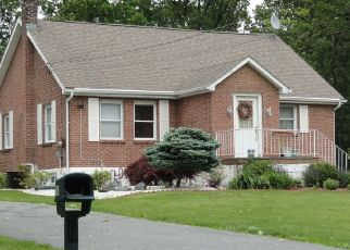 Pre Foreclosure in Middletown 10941 GOSHEN TPKE - Property ID: 1254818884
