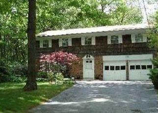 Pre Foreclosure in Hauppauge 11788 HOFFMAN LN - Property ID: 1255119316