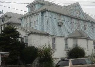 Pre Foreclosure in South Richmond Hill 11419 107TH AVE - Property ID: 1255396563