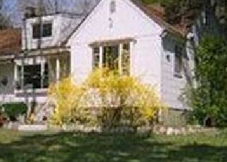 Pre Foreclosure in Centerport 11721 WESTFIELD DR - Property ID: 1255483272