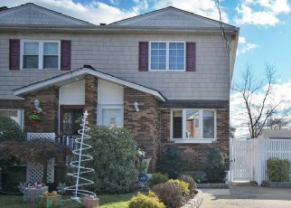 Pre Foreclosure in Staten Island 10309 RENSSELAER AVE - Property ID: 1256104322