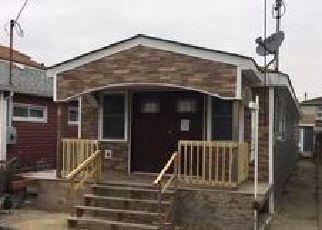 Pre Foreclosure in Far Rockaway 11693 NOEL RD - Property ID: 1256462142