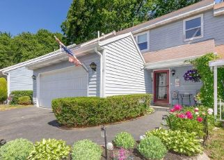 Pre Foreclosure in Clifton Park 12065 MOHAWK TRL - Property ID: 1256650930