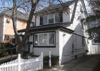 Pre Foreclosure in Queens Village 11428 224TH ST - Property ID: 1257064362