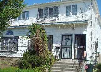 Pre Foreclosure in Arverne 11692 ALMEDA AVE - Property ID: 1257093717