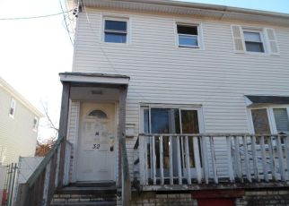 Pre Foreclosure in Staten Island 10302 ALBION PL - Property ID: 1257321456