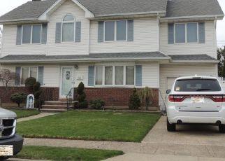 Pre Foreclosure in Franklin Square 11010 BARBARA BLVD - Property ID: 1257613137