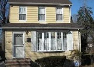 Pre Foreclosure in Queens Village 11427 88TH AVE - Property ID: 1257911855