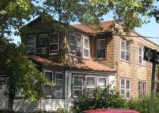 Pre Foreclosure in College Point 11356 13TH AVE - Property ID: 1258272744