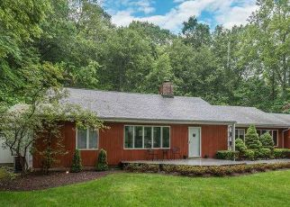 Pre Foreclosure in Centerport 11721 OVERBROOK DR - Property ID: 1258335358