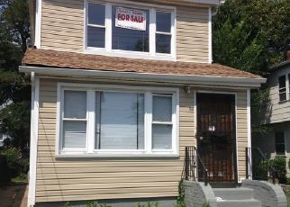 Pre Foreclosure in Saint Albans 11412 118TH RD - Property ID: 1259159188