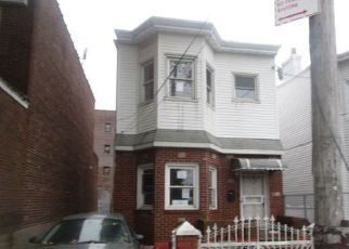 Pre Foreclosure in Ozone Park 11417 98TH ST - Property ID: 1259567832