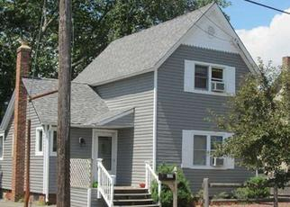 Pre Foreclosure in Lindenhurst 11757 S 1ST ST - Property ID: 1259757919
