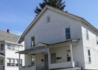Pre Foreclosure in Gloversville 12078 MAPLE AVE - Property ID: 1260829184