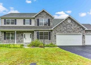 Pre Foreclosure in Dillsburg 17019 SANTA ANITA DR - Property ID: 1260876493