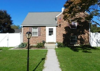 Pre Foreclosure in York 17404 PARKWAY BLVD - Property ID: 1260894449