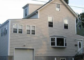 Pre Foreclosure in Ossining 10562 EDWARD ST - Property ID: 1260935623