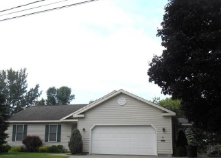 Pre Foreclosure in Massena 13662 DOVER ST - Property ID: 1261519437