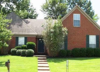 Pre Foreclosure in Memphis 38135 HOLLY HEARTH CV - Property ID: 1261947780