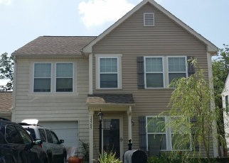 Pre Foreclosure in Charlotte 28278 LAKEPOINT FOREST DR - Property ID: 1262135220