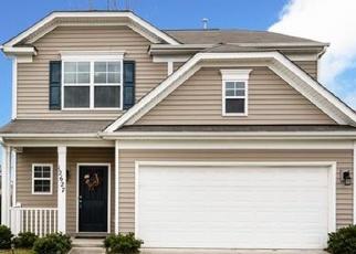 Pre Foreclosure in Charlotte 28262 OAKTON HUNT DR - Property ID: 1262147945