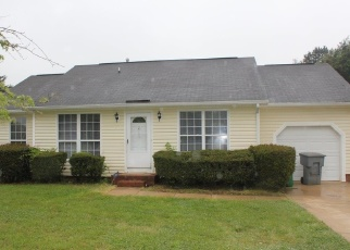 Pre Foreclosure in Charlotte 28262 HARRIS HOUSTON RD - Property ID: 1262163254