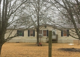 Pre Foreclosure in Hartwell 30643 MOUNT OLIVET RD - Property ID: 1262232462