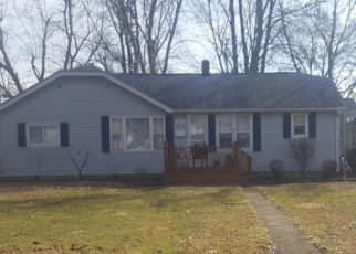 Pre Foreclosure in Waverly 62692 AYERS ST - Property ID: 1262451444