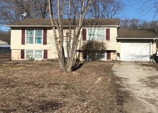 Pre Foreclosure in Taylorville 62568 E TAYLORVILLE RD - Property ID: 1262452772