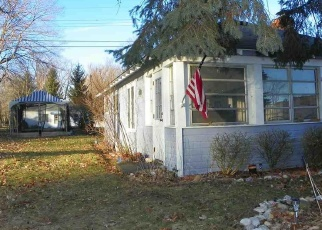 Pre Foreclosure in Fort Gratiot 48059 SHOREWOOD RD - Property ID: 1264932570