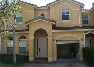 Pre Foreclosure in Miami 33186 SW 137TH PL - Property ID: 1265034620