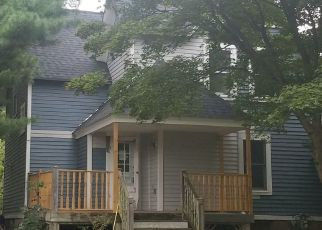 Pre Foreclosure in Darien 06820 HOLMES AVE - Property ID: 1265089810
