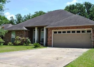 Pre Foreclosure in Lafayette 70508 SARA DEE PKWY - Property ID: 1265265429