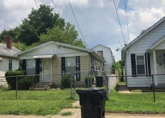 Pre Foreclosure in Louisville 40215 WHEELER AVE - Property ID: 1265599610