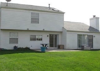 Pre Foreclosure in Elgin 60123 GLENEAGLE CIR - Property ID: 1265693776