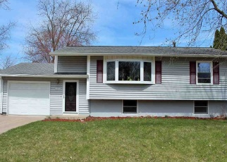 Pre Foreclosure in Davenport 52806 CRESTHILL DR - Property ID: 1265876850