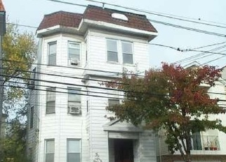 Pre Foreclosure in Newark 07106 STUYVESANT AVE - Property ID: 1266234670