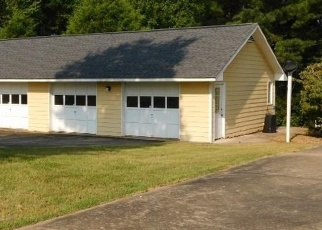 Pre Foreclosure in Martin 30557 SEVEN FORKS RD - Property ID: 1266521988