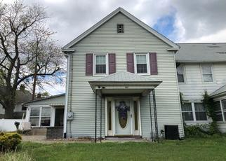 Pre Foreclosure in Gloucester City 08030 CRESCENT BLVD - Property ID: 1267710644