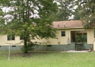 Pre Foreclosure in Gadsden 35904 TABOR RD - Property ID: 1268013723