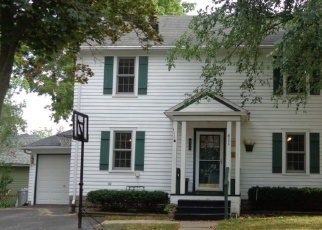 Pre Foreclosure in Baraboo 53913 5TH AVE - Property ID: 1268206877