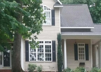 Pre Foreclosure in Powhatan 23139 DONAVON MILL LN - Property ID: 1268427604