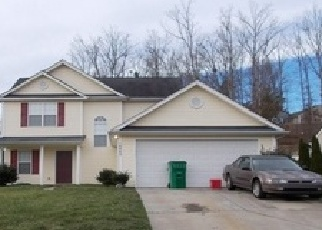 Pre Foreclosure in Charlotte 28214 DANIEL DWAYNE DR - Property ID: 1268851563