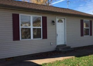 Pre Foreclosure in Dupo 62239 LIME ST - Property ID: 1269050847