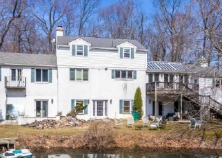 Pre Foreclosure in Hatboro 19040 S WARMINSTER RD - Property ID: 1269531291