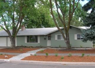 Pre Foreclosure in Medford 97504 CAMELLIA AVE - Property ID: 1269747211