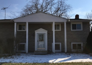Pre Foreclosure in Brook Park 44142 HOLLAND RD - Property ID: 1269868538