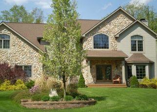Pre Foreclosure in Chagrin Falls 44023 DAWSON DR - Property ID: 1269945173