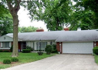 Pre Foreclosure in Toledo 43614 CAMILLE DR - Property ID: 1269958763
