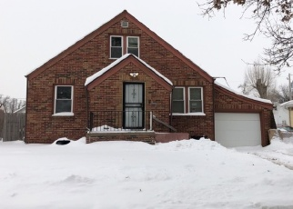 Pre Foreclosure in Omaha 68111 CROWN POINT AVE - Property ID: 1270445792